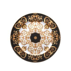 "Versace's luxuriant ""Barocco"" 18 cm Bread and Butter Plate features a swirling harmony of rich black and gold patterns ready to enchant your guests."