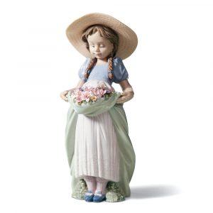 Lladrò - Statua La bimba del prato