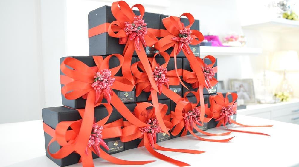 Bomboniere laurea con confezione colore rosso a Reggio Calabria