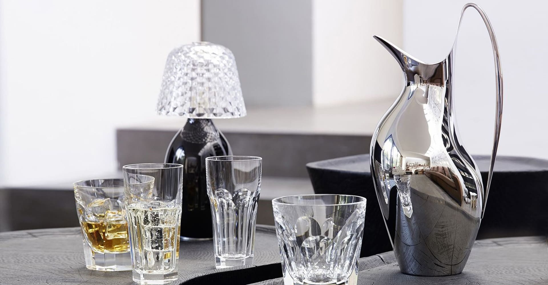 Acciaio di Jensen e bicchieri in cristallo di Baccarat