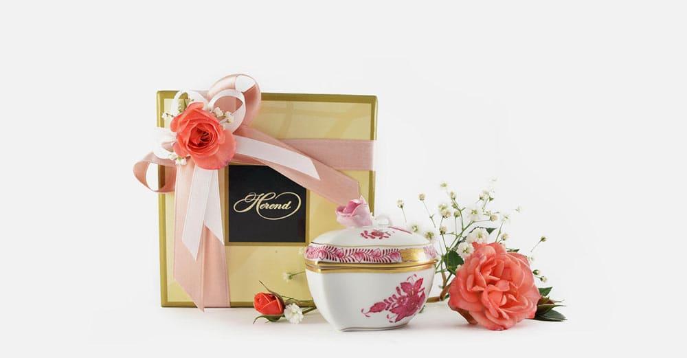 bomboniera matrimonio confezione confetti e nastri