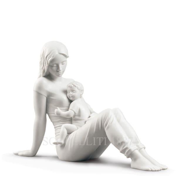 amore di madre llaro statuina maternita
