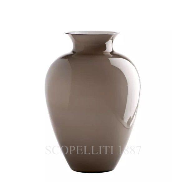 Il vaso di Venini Labuan dal catalogo