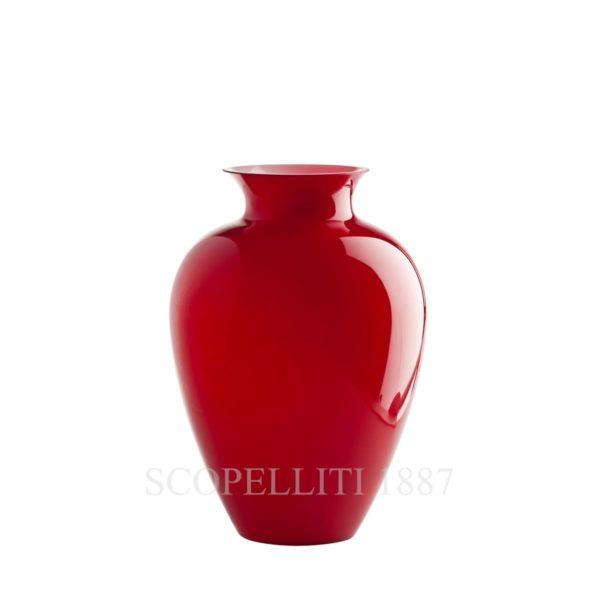 Vaso rosso di Venini in vetro di Murano