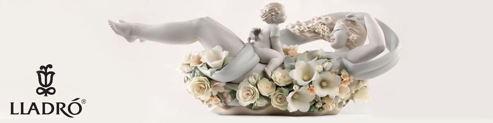 lladro maternita statue