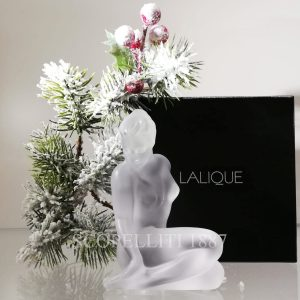 lalique figurine in cristallo