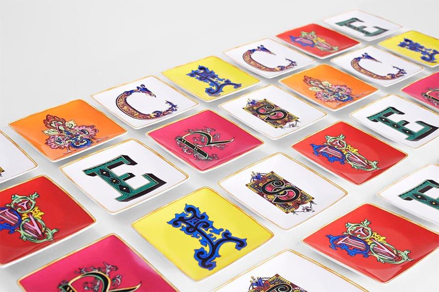 versace alfabeto piattini